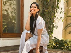 Tea, Cookies & More: Sonam Kapoor's Self-Made Spread Will Get You Drooling