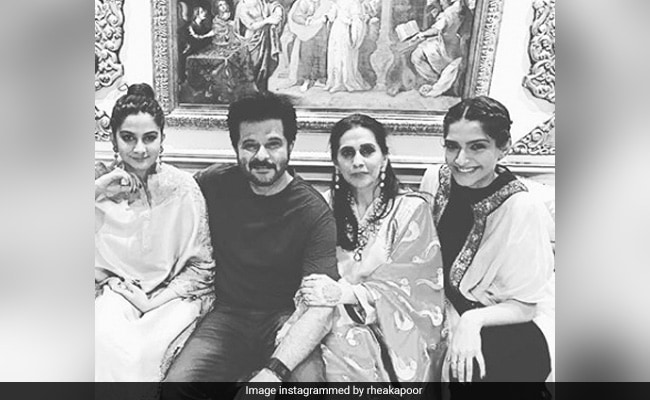 Anil Kapoor Left This Adorable Comment On Daughter Rhea's 'Favourite Friday' Post