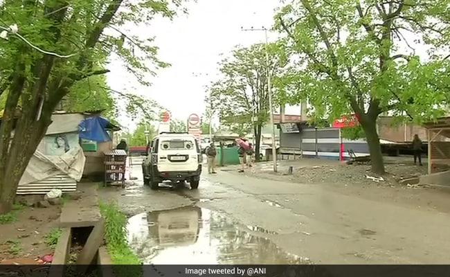 जम्मू-कश्मीर के हंदवाड़ा में सीआरपीएफ की पेट्रोलिंग टीम पर आतंकी हमला, 3 जवान शहीद