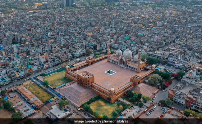 Striking Aerial Photo Shows A Different Eid At Delhi's Jama Masjid