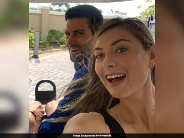 """You Were Fanboying"": How Novak Djokovic Got Maria Sharapova To Buy Him Dinner"