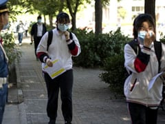 Beijing Schools Trial Temperature-Tracking Bracelets That Send Fever Alert