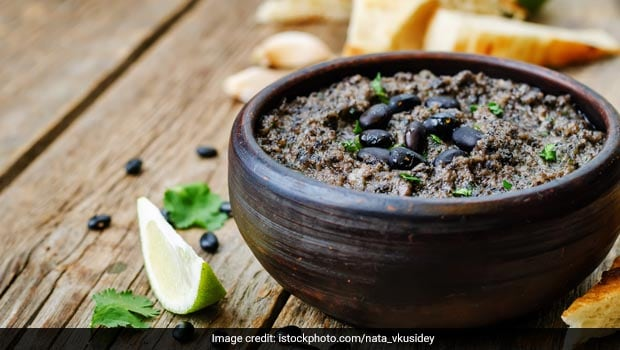 Lockdown Cooking: Try This Black Bean Hummus For A Scrumptious Mezze Meal At Home