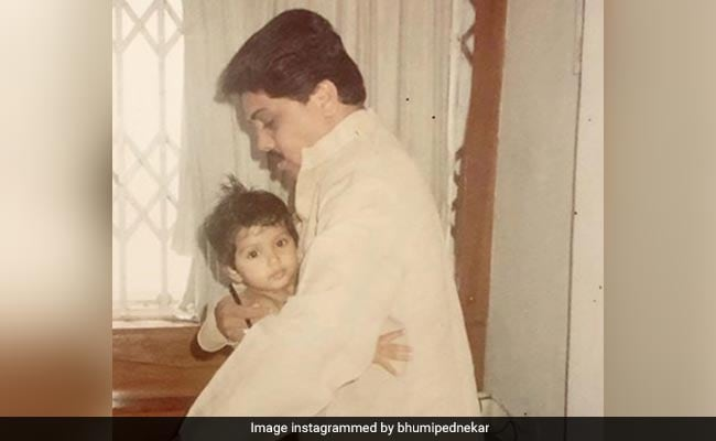 'You Knew Life Was Short': Bhumi Pednekar's Bittersweet Throwback Pics With Her Dad