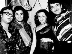 "Rishi, Randhir Kapoor, Babita And R D Burman In Kareena's ""Irreplaceable"" Pic"