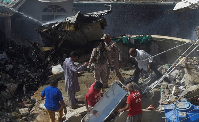 Black Box Of Crashed Pakistan Flight Found In Karachi