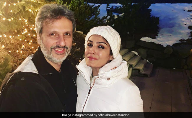 Raveena Tandon's B'Day Celebrations Had A Huge Cake And A Surprise From Husband