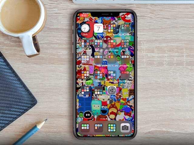 Videos : 12 जबरदस्त व्हाट्सएप ट्रिक्स, जो हर आईफोन यूजर को हैरान कर देंगी