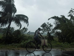 Cyclone Amphan To Hit Bengal Between 4 And 6 PM, Heavy Rain Along Coast: 10 Points