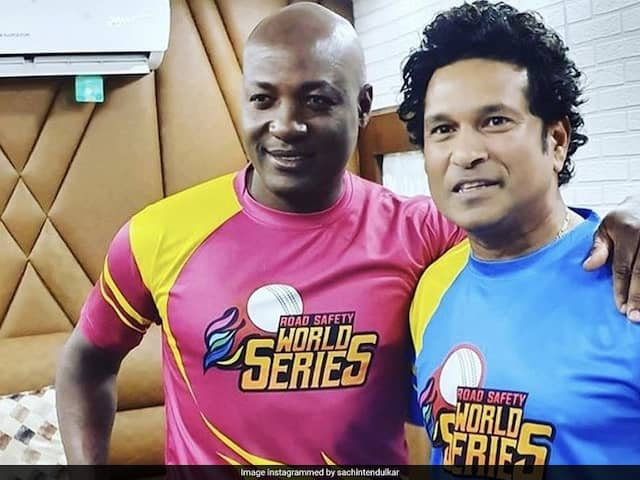 Sachin Tendulkar, Brian Laras Son Hold Bat In Similar Style. See Pic
