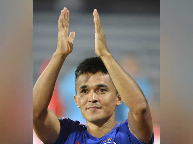 Sunil Chhetri Shares Bizarre Fan Request, Twitter Cant Stop Laughing
