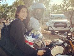 Samantha Ruth Prabhu And Naga Chaitanya On An Errand Run Be Like...