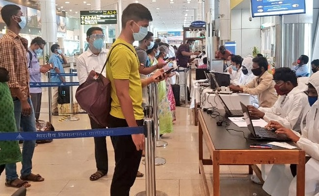 COVID-19: Delhi Airport Develops Online Portal For International ...