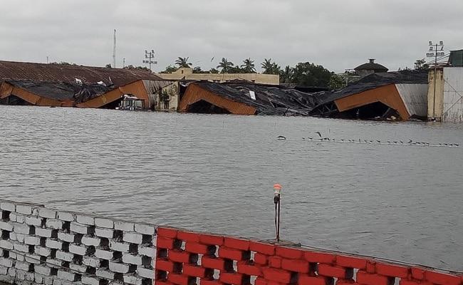 चक्रवाती तूफान अम्फन (Cyclone Amphan) ने मचाई तबाही: पश्चिम बंगाल में 12 लोगों की मौत, कई घर तहश-नहश