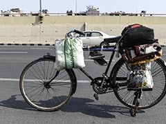 Father Riding Pillion, Girl, 15, Cycles 1,200 km To Get Home In Bihar