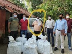 कालकाजी मंदिर के ठेकेदारों के परिवार का सदस्य गिरफ्तार, शराब तस्करी का आरोप