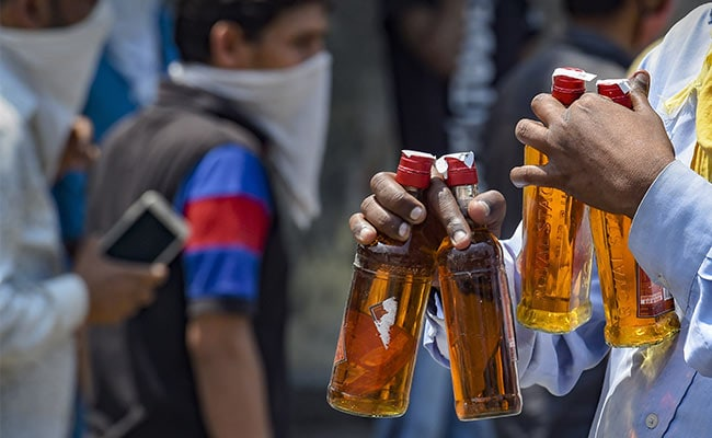 Delhi Government Orders Reopening Of 66 Private Liquor Shops