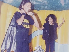 """When Sonam Kapoor Wore A """"DIY Batman Costume"""" To A Not-Fancy-Dress Party"""