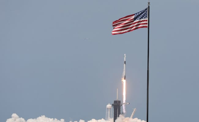 Russian Space Agency Congratulates SpaceX On Rocket Launch