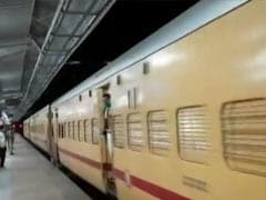 1,200 Stranded Migrant Workers In Telangana Reach Jharkhand By Train