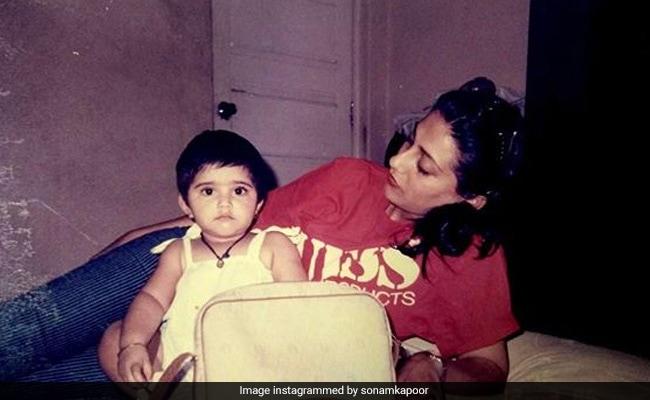 Tiny Sonam Kapoor With Mom Sunita In This Million-Dollar Throwback Pic