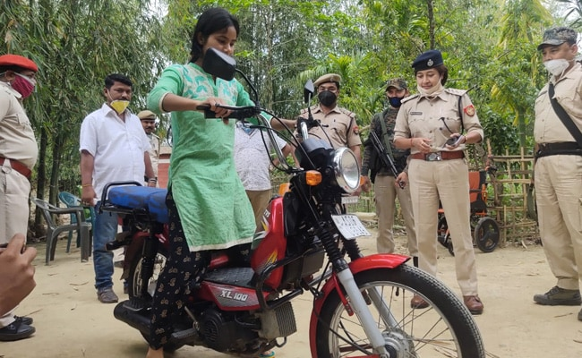 Assam Woman Cycled For Miles To Sell Vegetables, Cops Got Her A Bike