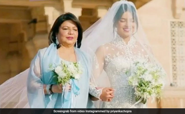 'Mother's Day Is More Touching This Year Than Ever Before,' Writes Priyanka Chopra