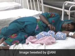 महाराष्ट्र से एमपी पैदल जा रही गर्भवती महिला ने रास्ते में दिया बच्चे को जन्म और फिर...