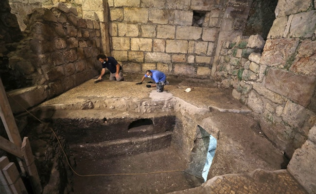 Researchers Find 1,400-Year-Old Rooms Under Jerusalem's Western Wall