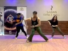 Disha Patani Left This Comment On Tiger Shroff's Dance Video