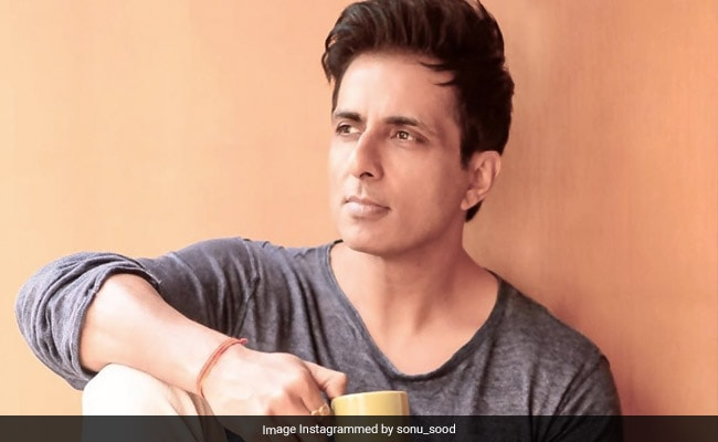Actor Sonu Sood Launches Toll Free Helpline For Migrants Going Home