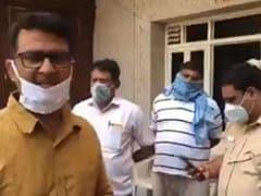 दिल्ली कांग्रेस प्रदेश अध्यक्ष अनिल चौधरी हिरासत में लिए गए, मजदूरों को बॉर्डर पर छोड़ने का आरोप