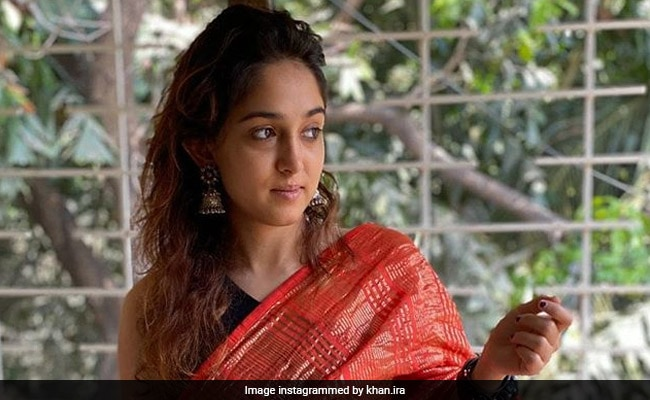 Eid 2020: Aamir Khan, Daughter Ira And Her 'Successfully-Self-Draped-Saree' Send Their Wishes