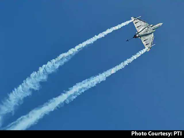"""Video : FDI Limit Up In Defence Manufacturing, """"Make In India"""" Push For Weapons"""