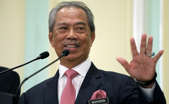 Malaysia PM In Home Quarantine After Officer Tests Coronavirus Positive