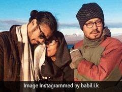 बाबिल खान ने पापा इरफान और मॉम सुतपा सिकदर के साथ शेयर की फोटो, मॉम को बताया 'क्वीन'