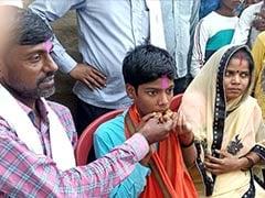 Bihar Board 10th Topper: न इंटरनेट- न मोबाइल, बैटरी लाइट में पढ़कर हिमांशु राज ने किया परीक्षा में टॉप