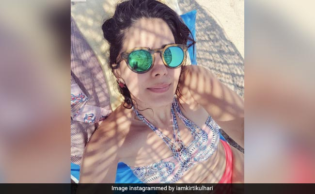 Kirti Kulharis 'Bikini Body' Truthbomb trifft das Bullauge