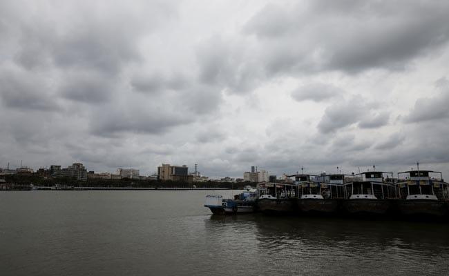 Cyclone Amphan: ओडिशा और बंगाल में भारी बारिश और आंधी, करीब पहुंचा चक्रवाती तूफान अम्फान, 10 बातें