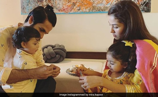 Here's What Mira Kapoor Said About Daughter's Adorable Cake For Dad Shahid