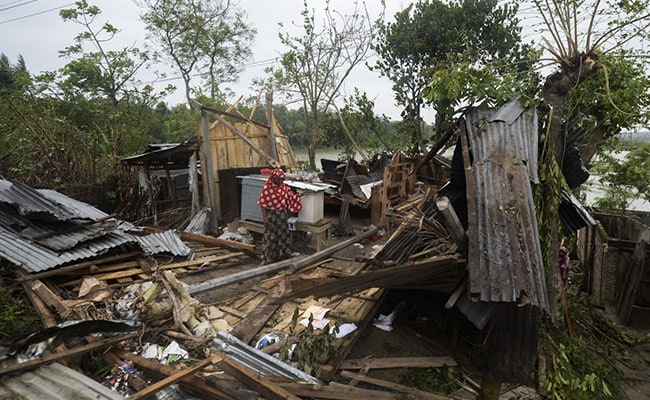 'Everything Is Gone': Cyclone Amphan Destroys Bangladesh Villages