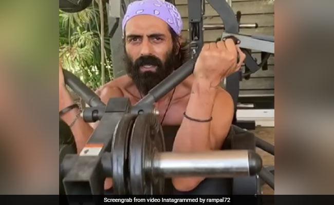 Dieses Trainingsvideo von Arjun Rampal gibt Ihnen wichtige Fitnessziele