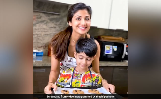 This Video Of Shilpa Shetty With Son Viaan Raj Kundra Is As Sweet As The Cookies They Baked