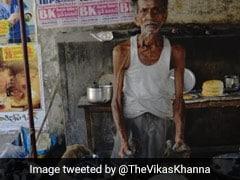'ডিব্বা রোটি' বানাতে শেখানো বৃদ্ধকে 'গুরুদক্ষিণা' দিলেন শেফ বিকাশ খান্না
