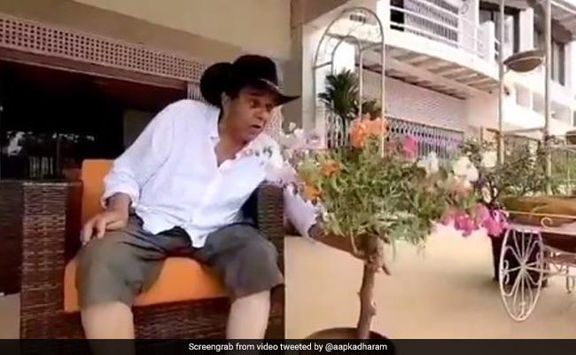 फार्म हाउस पर एक ही पौधे में उगे कई रंगों के फूल, तो धर्मेंद्र ने खुश होकर लिख दी कविता, देखें Video