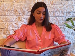 <I>Harry Potter</i> Fan Alia Bhatt Reads A Chapter From <I>Philosopher's Stone</i>, Surprise Cameos By Alec Baldwin And...