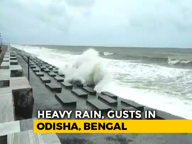 Video : Cyclone Amphan To Hit Bengal Between 4 And 6 PM, Heavy Rain Along Coast