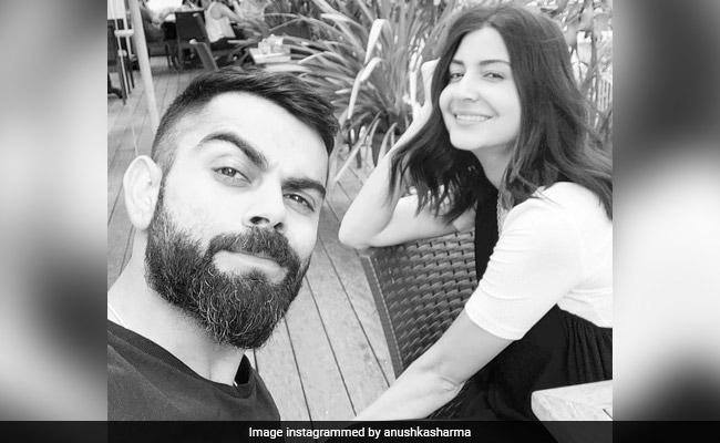 Viral: Anushka Sharma And Husband Virat Kohli Play Cricket In Lockdown. Video Inside