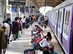यूपी में 1300 से ज्यादा ट्रेनों में अब तक 18 लाख प्रवासी आए : अवनीश अवस्थी