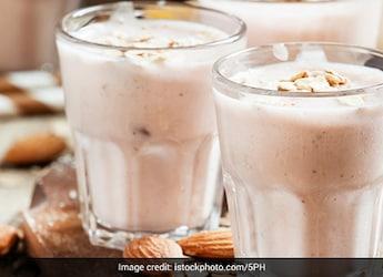 Make Restaurant-Style Badaam (Almond) Milkshake In Just 10 Minutes - Here's The Secret Tip